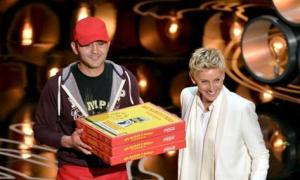 Thù lao bất ngờ nhờ màn giao pizza tại Oscar