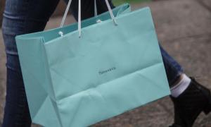 Chủ sở hữu Louis Vuitton, Dior muốn mua hãng trang sức Tiffany