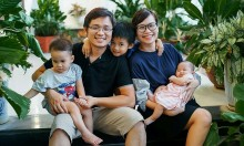 Mẹ bán hàng online nuôi ba con học trường quốc tế