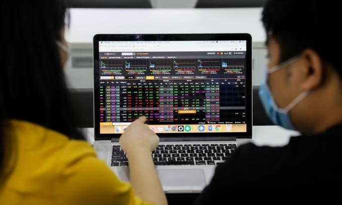 Giao dịch đột biến tại cổ phiếu Sacombank