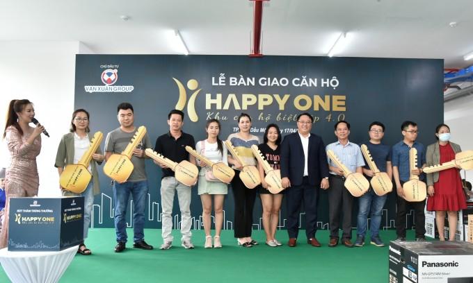 Vạn Xuân Group bàn giao trước tiến độ căn hộ Happy One - Phú Hòa