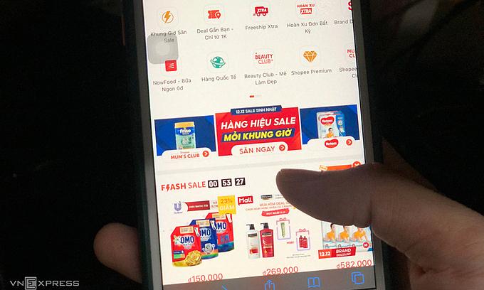 Sàn thương mại điện tử 'ngại' nộp thuế hộ người bán