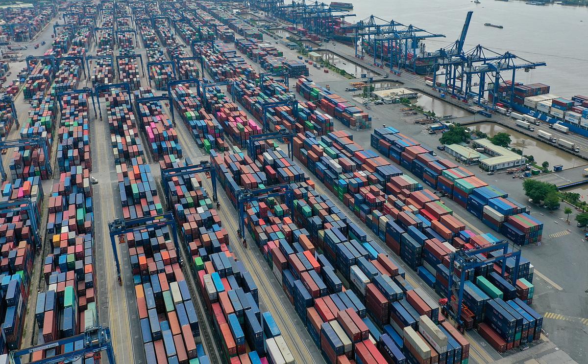 Doanh nghiệp muốn lùi thu phí hạ tầng cảng biển thêm một năm