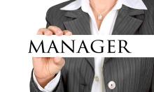 Một số ngành hoãn tuyển thêm sếp